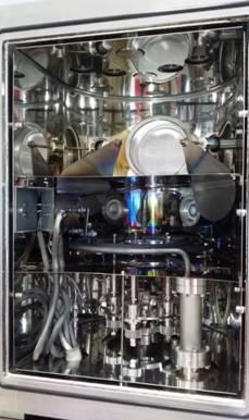 Нестандартно скомпонованная в соответствии с ТЗ заказчика вакуумная напылительная система VSM