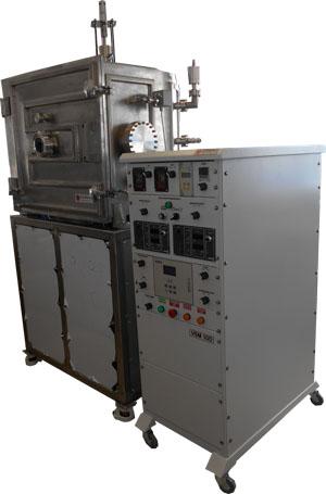 Вакуумная установка ZENIT является вакуумной напылительной установкой с вертикальными планарными протяженными магнетронами или вертикально по линии установленными дуговыми источниками, и серийно выпускается в двух вариантах: с вакуумными камерами размером 80х70 см (ZENIT-70) и 80х110 см (ZENIT-110), возможно изготовление камеры под задачи заказчика. Магнетронное распыление может осуществляться поочерёдно с нескольких магнетронов или одновременно с двух-трёх магнетронов. Предварительная ионная очистка обрабатываемых деталей.
